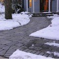 Лёд на дорожках